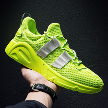 Popular 2019 Sport Men Trainers Green Black Mens Designer Sneakers Mesh Breathable Gym Shoes For Men Brand Running Shoes Male