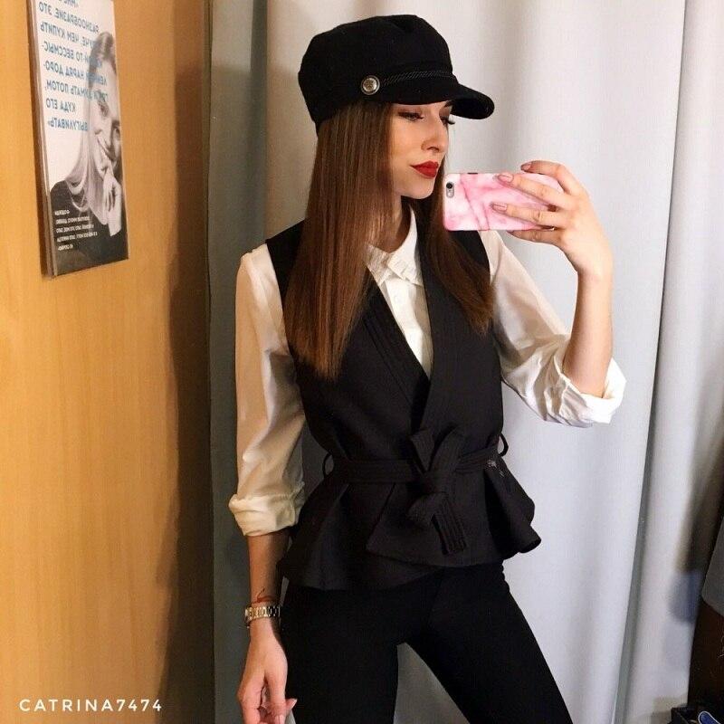 Moda Otoño Invierno sombrero negro para mujer Casual Streetwear cuerda  tapas planas mujeres elegante sólido otoño caliente boina sombreros Mujer ae3a80b3ba7