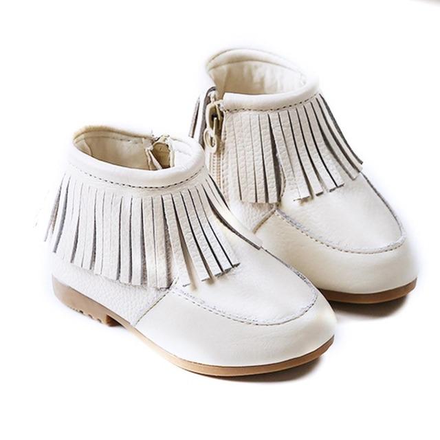 2016 Nuevos Niños Antideslizantes Solos Zapatos de Cuero Genuino Moda Con Flecos Botas de Princesa de Las Muchachas Martin Botas 4 Colores Disponibles