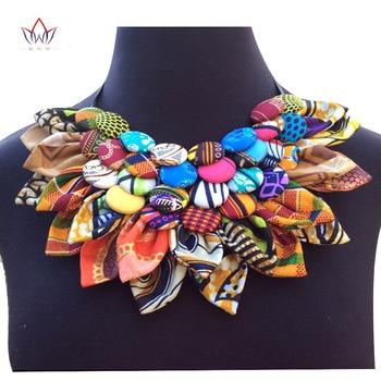 Gran oferta de moda 2020, collar de algodón con babero hecho a mano con botones de Ankara, collares clásicos con botones estampados africanos para mujer, no ewya024