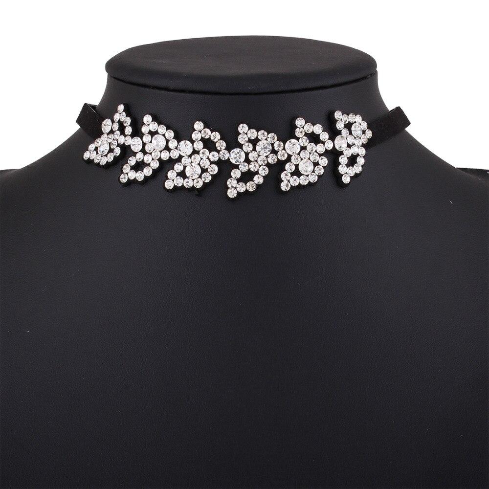 82673f93633e Marque ceinture en cuir feuilles punk choker collier strass vintage  ethnique bohème creux clavicule colliers femmes