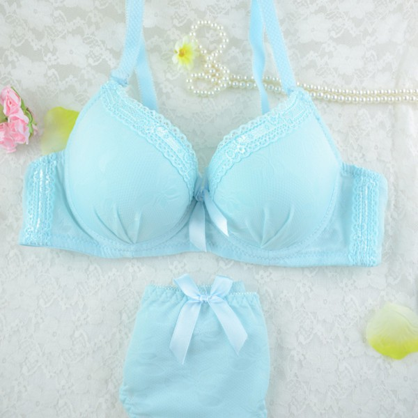 9701ac066 Vintage Women  Girl Lovely Lace Underwear Suit Push Up Bra Sets Lingerie  Solid-in Bra   Brief Sets from Women s Clothing   Accessories on  Aliexpress.com ...