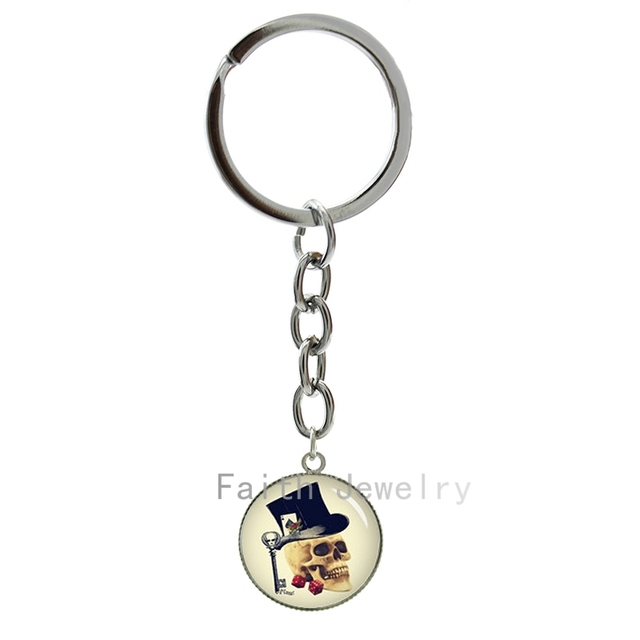 Gothic Gambler Skull Key Chains Vintage Art Picture Keychain Trending Men Jewelry Personalized Special Gifts