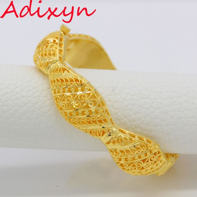 Wide 18mm dubai bangles for womengirls 24k gold colorcopper wide 18mm dubai bangles for womengirls 24k gold colorcopper banglesbracelet african negle Gallery