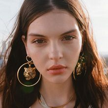 2019 New Latest Fashion Women's Gold Lion Circle Loop Dangle Earrings Female Vintage Party Jewelry Lion Statement Earring