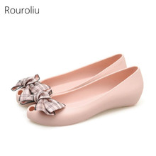Rouroliu Women Mixed Colors Bowknot Jelly Shoes Summer Breathable Peep Toe Sandals Woman Slip-On Casual Flats FR100