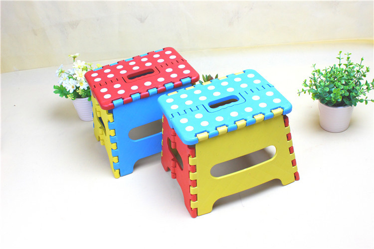 BD-05 Small Dot Color Folding Plastic Stool Children's Home Small Bench Portable With Handle Children Play Trapezoidal Stool