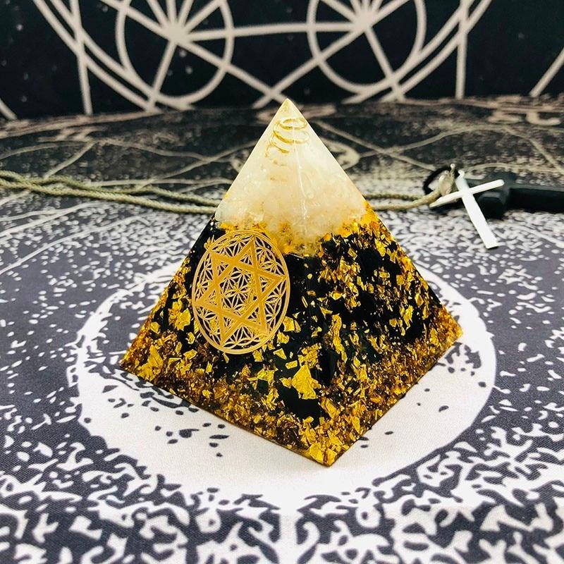 Aurareiki Orgonite Pyramid Ajna Chakra Raziel Natural White Crystal Obsidian Expel Evil Forces Resin Pyramid Crafts Jewelry
