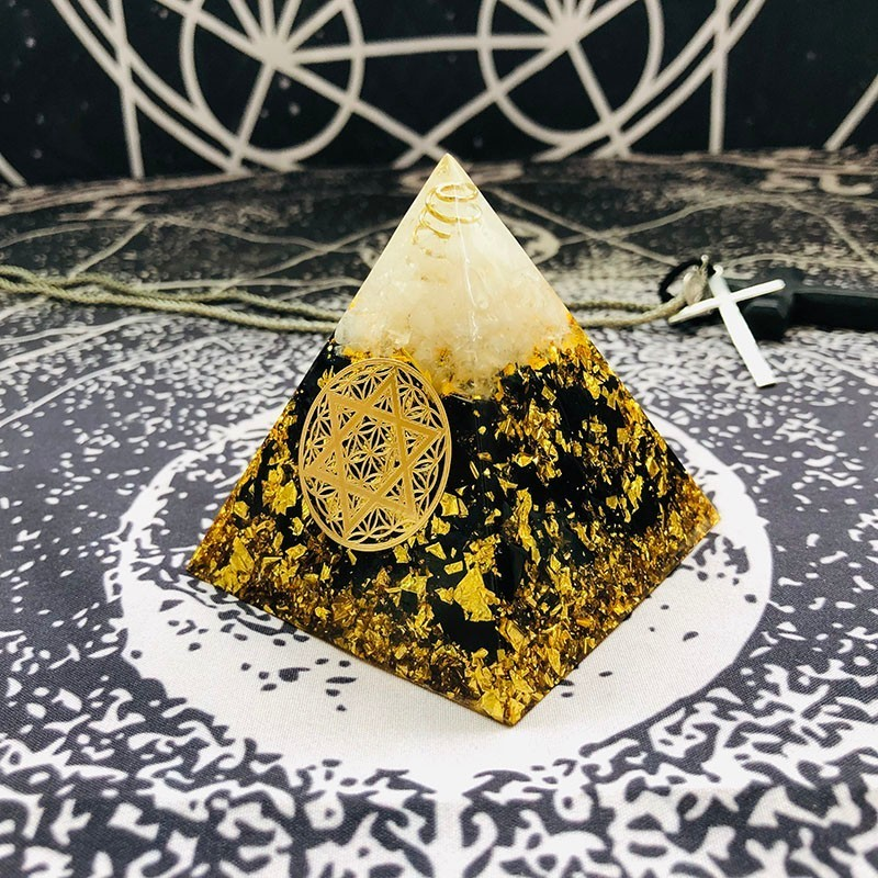 AURAREIKI Orgonite Pyramid Ajna Chakra Raziel Natural White Crystal Obsidian Expel Evil Forces Resin Pyramid Crafts Jewelry