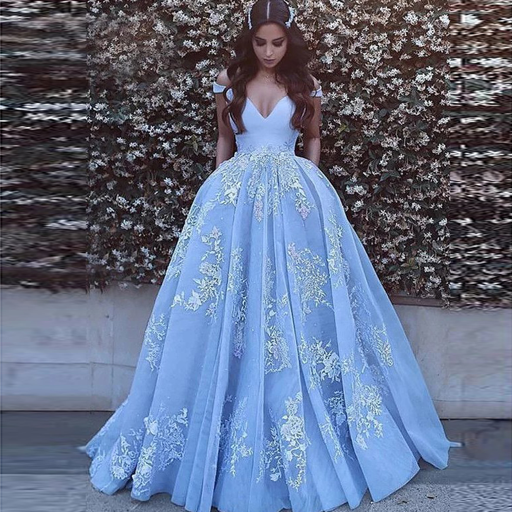Elegant Off the Shoulder Ball Gown Satin Prom Dresses 2021 robe de soiree Lace Appliques Prom Evening Gown Quinceanera Gowns