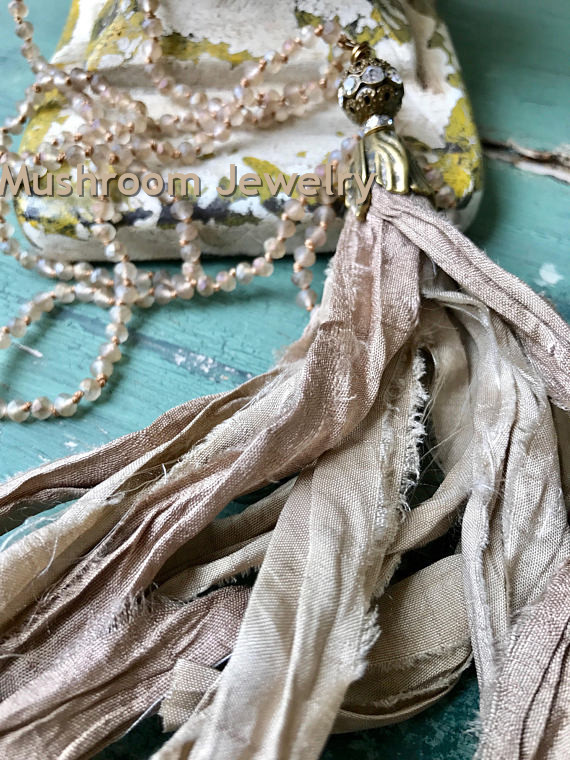 Hand Knotting <font><b>Sari</b></font> <font><b>Silk</b></font> <font><b>Tassel</b></font> Glass Crystal Beads <font><b>Tassel</b></font> Necklace image