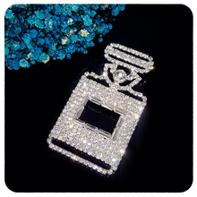 GRANDBLING Factory Wholesale BlingBling Jewelry Handmade Crystal Perfume Bottle Brooch Pin to Ladys Accessory