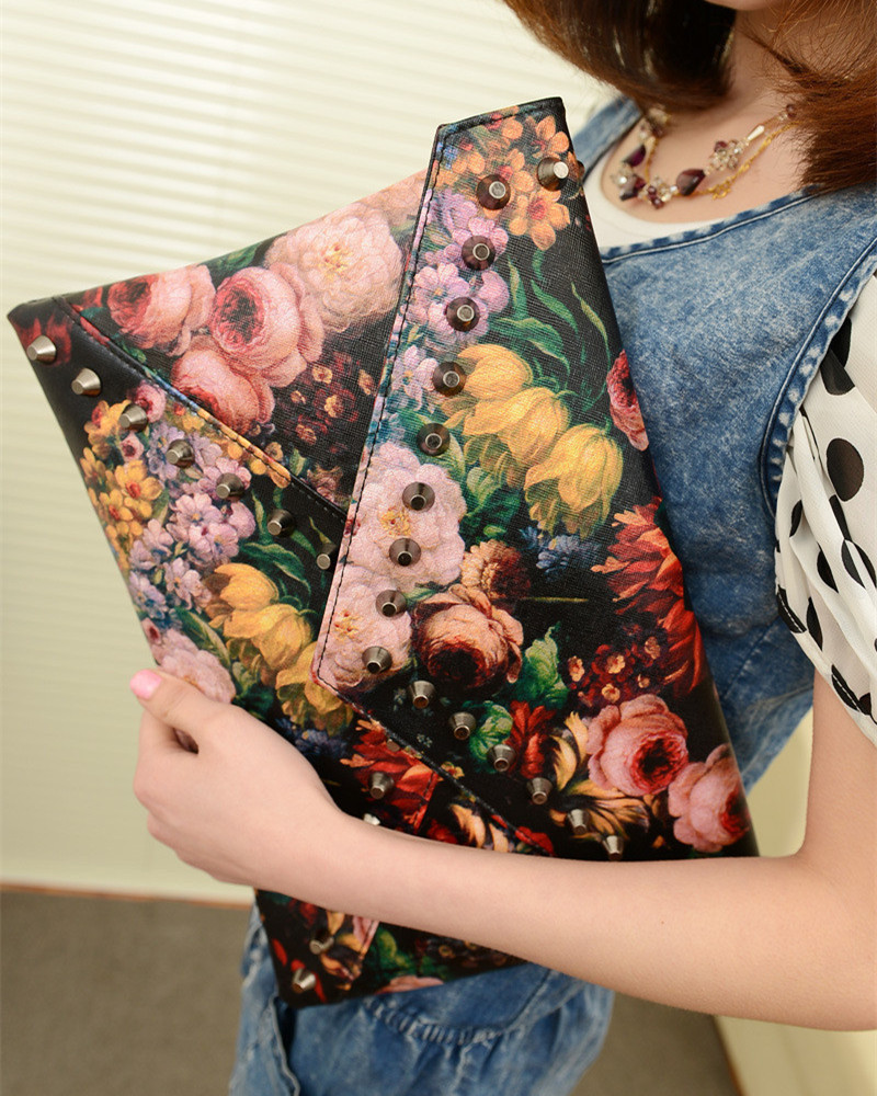 Summer Bag 2017 New Arrival Women Flower Clutches Painting Rivets Bag Leather Hand Bag Fashion Shoulder Bags