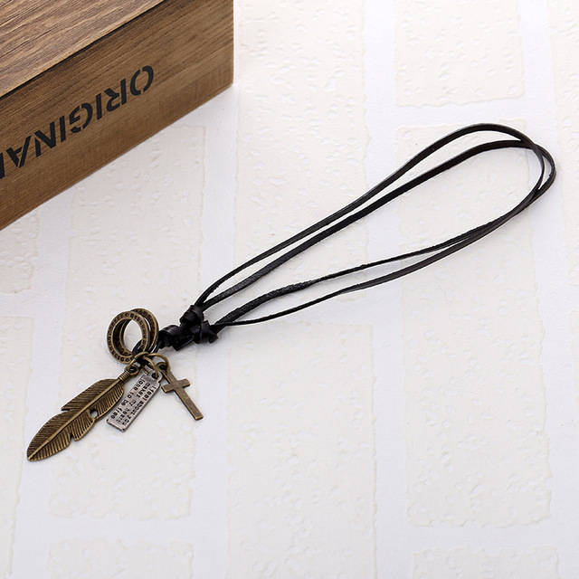 Vintage Feather Pendant and Necklace Matched with Genuine Leather Rope