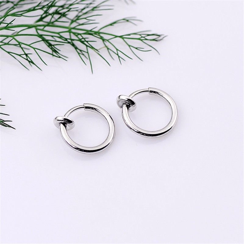 HTB1WfPALXXXXXcUXVXXq6xXFXXXT 2-Pieces Goth Punk Lip Ear Nose Clip On Rings For Women