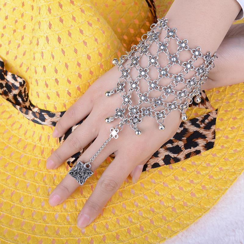 Fun Women Bracelet Fashion Jewelry Metal Plate Hand Chain Slave Ring Silver Gold
