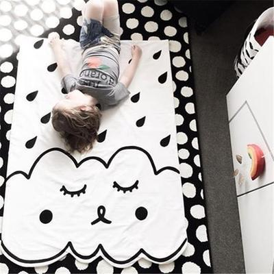 1pcs 100% cotton kids quilt black and white design breathable soft hot baby bedding blanket clouds are air-conditioned blanket