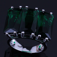Pretty Huge Rectangle Green Cubic Zirconia 925 Sterling Silver Ring For Women V0545