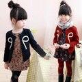 Бесплатная доставка новое прибытие детская одежда бантом печати шутник шею длинный рукав пальто девушки кардиган