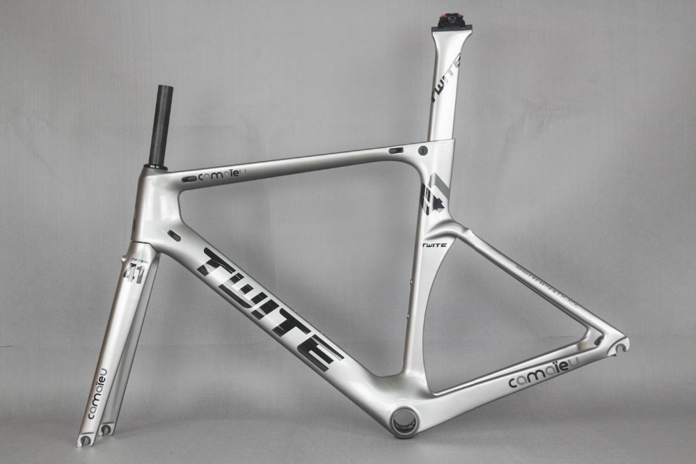 Free shipping  custom painting Neweset carbon road bike  FM-R06 new carbon fiber road frame ,chinese bicycle frame any color free shipping chinese factory custom 2017 100