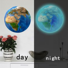 купить New Luminous blue earth Cartoon DIY 3d Wall Stickers for kids rooms wall sticker Home decor Living Room glow in the dark stars по цене 30.61 рублей