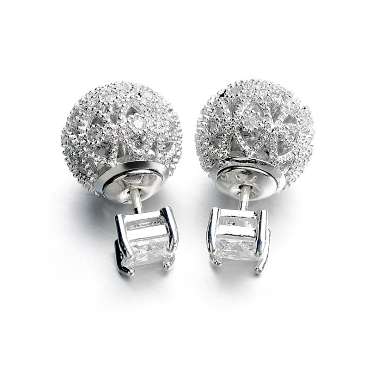 European 925 silver needle hollow carved small ball earrings female crystal from Swarovski simple temperament wildEuropean 925 silver needle hollow carved small ball earrings female crystal from Swarovski simple temperament wild