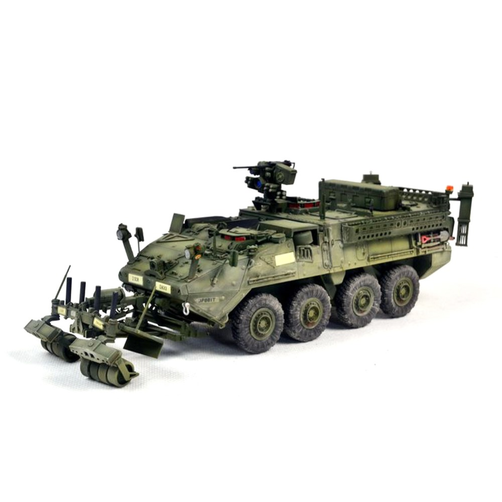 OHS Trumpeter 01574 1/35 M1132 Stryker ESV Engineer Squad Vehicle w/LWMR-Mine Roller/SOB AFV Assembly Model Building Kits и грекова маленький гарусов