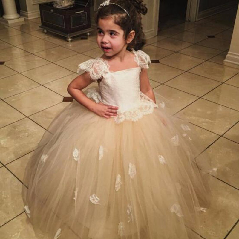 2016 New Champagne Tulle Ball Gown Flower Girl Dress Sleeveless Appliques Vestidos De Comunion First Communion Dresses For Girls 4pcs new for ball uff bes m18mg noc80b s04g