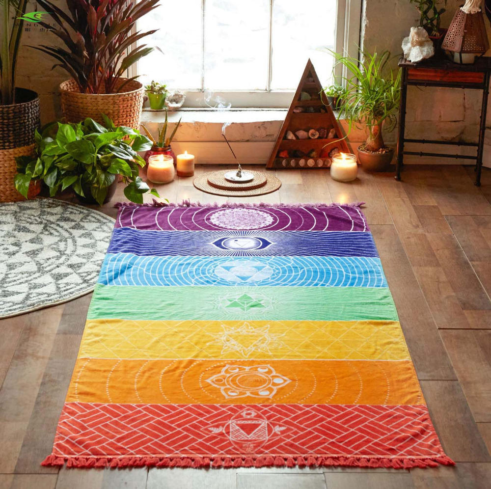 NOUVEAU Microfibre Tissu Matériel Bohême Inde Mandala Couverture 7 Chakra Rainbow Stripes Tapisserie Plage Serviette Tapis De Yoga Serviette De Bain