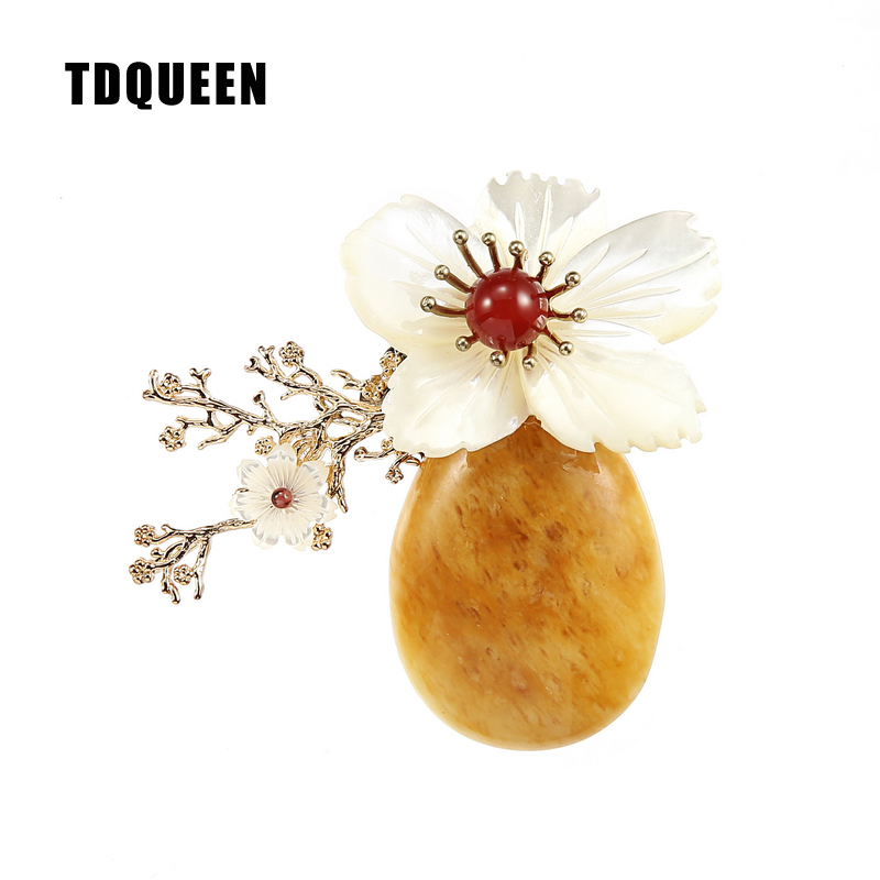 TDQUEEN Brooches Natural Stone Women Broches Gold-color Vintage Safety Pin Jewelry Big Pearl Shell Flower Brooch