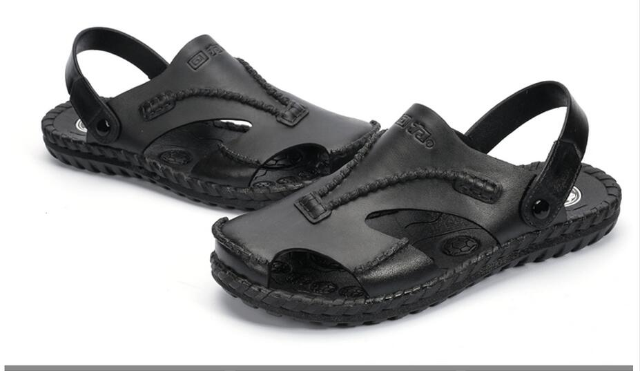 NEW arrival authentic Warrior hole slippers couple sandals mules and clogs garden shoes for men breathable beach shoes
