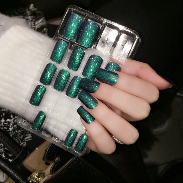Gorgeous Dark Green Pre designed Acrylic Nail Tips UV Gel Glitter ...