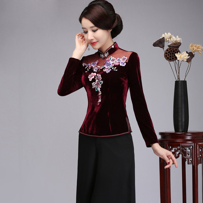 Plus Size Embroidery Flower Tops Chinese Vintage Lady Shirt Slim Velvet Floral Blouse Leisure Sexy Elegant Tang Clothing S 4XL
