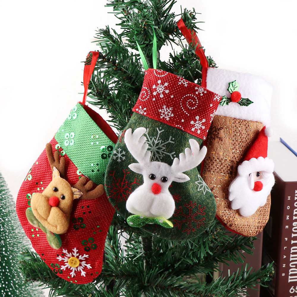 Us 0 98 20 Off 1pc Christmas Stockings Hanging Christmas Xmastree Decoration Ornaments New Year Candy Bag Gifts Socks Stocking 16 12 Mm In Stockings