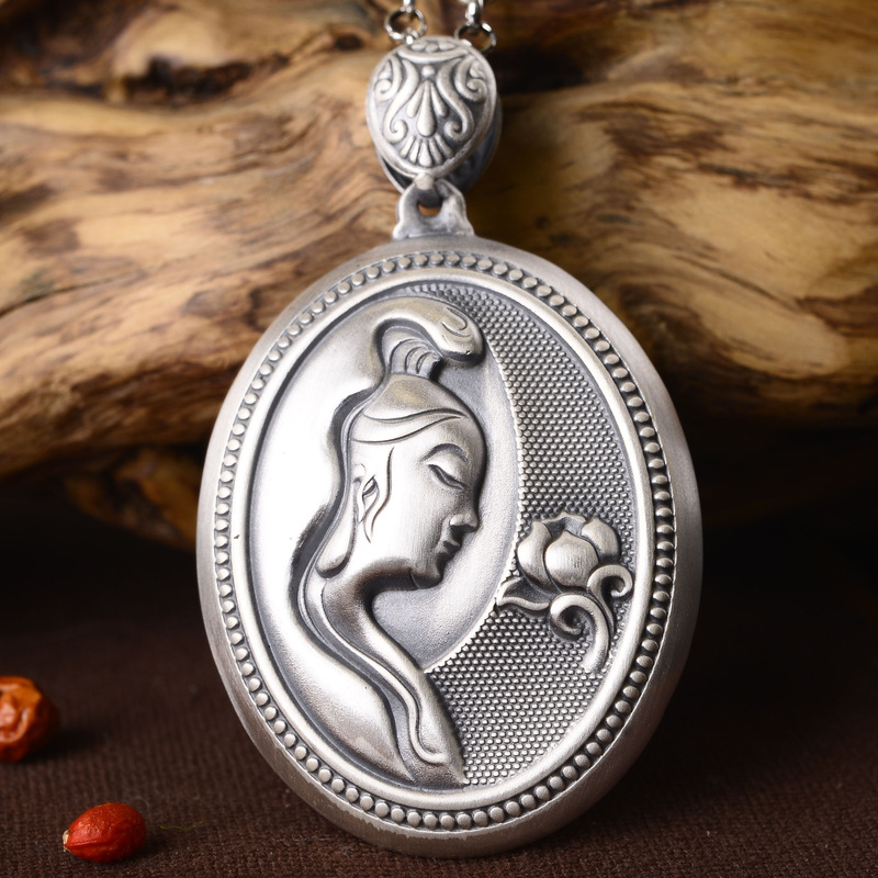925sile goddess of mercy, heart carved Pendant Necklace, sweater chain, men's and women's clothing, and the O chain of silver. цены