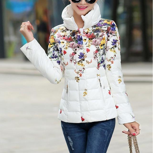 2016 mulheres de Inverno jaqueta casual imprimir para baixo algodão-acolchoado do revestimento do revestimento das mulheres projeto short slim amassado flor parka