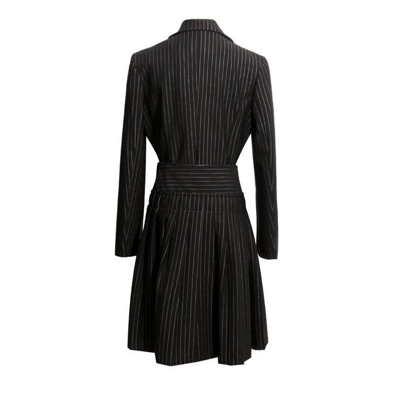 TWOTWINSTYLE الخريف 2 قطعة مجموعة النساء طويلة الأكمام مخطط سترة سوداء معطف مع غير النظامية أضعاف ميدي تنورة الإناث الأزياء 2019-في مجموعات نسائية من ملابس نسائية على  مجموعة 3