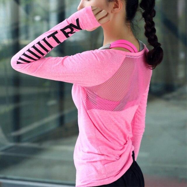 اللياقة البدنية تنفس رياضية المرأة تي شيرت الرياضة البدلة اليوغا بلوزات سريعة الجافة تشغيل قميص الصالة الرياضية الملابس قميص رياضي سترة P189