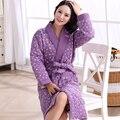 Mais novo Inverno Camisola 2016 Mulheres Roupão de Banho Casa de Banho Robe Feminino Roupão Homewear Pijama Acolchoado Grosso Longo Robe Spa Chuveiro