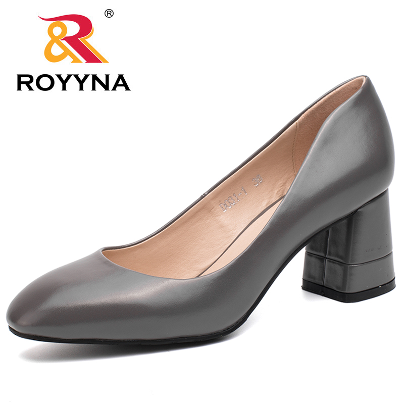 ROYYNA 2017 New Mature Style Women Pumps Round Toe Women Shoes Square Heels Ladies Casual Shoes Comfortable Fast Free Shipping royyna new sweet style women sandals cover heel summer gingham women shoes casual gladiator ladies shoes soft fast free shipping