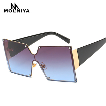 df7efee6a8 2019 gafas de sol cuadradas de gran tamaño para mujer remache nuevo  diseñador de marca de moda negro rojo gradiente mujeres gafas de sol