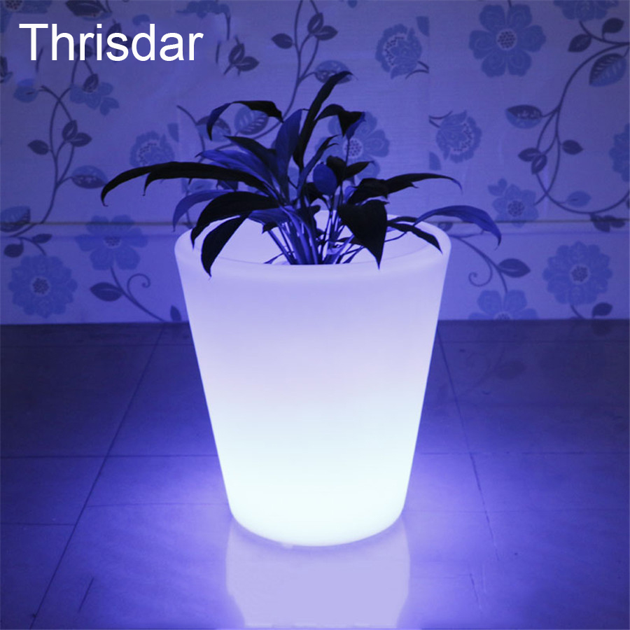 Thrisdar 16 Color LED illuminated Flower Pots With Remote IP68 Waterproof Plastic Flower Pot For Garden Bedroom Restaurant Hotel color changeable led drink illuminated sphere flower pot waterproof led light ellipse champagne bucket cooler planter