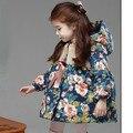 Meninas novas de Inverno Infantil Outerwear Meninas Casaco Floral Manga Longa Crianças Jaqueta de Algodão Grosso Crianças Casaco Com Capuz para 3-sete anos c001
