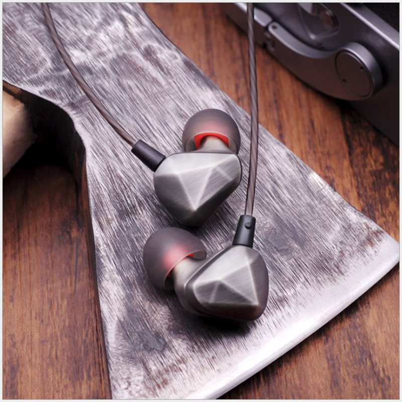 Rehimm Stereo In-Ear Earphone Metal Sport Music Phone Earbuds MIC Wire-Control Haevy Bass Zinc Drive-by-Wire Headset