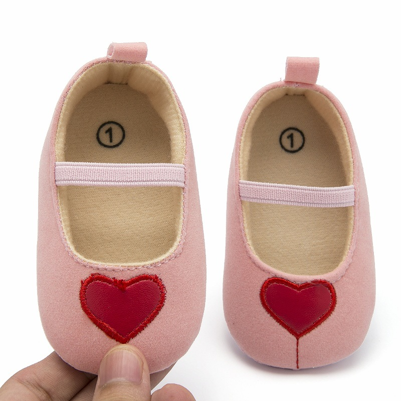 Fashion Toddler Baby Girl Soft Dot Princess Shoes Bandage Infant First Walker Prewalker New Born Baby Barefoot Shoes With Heart