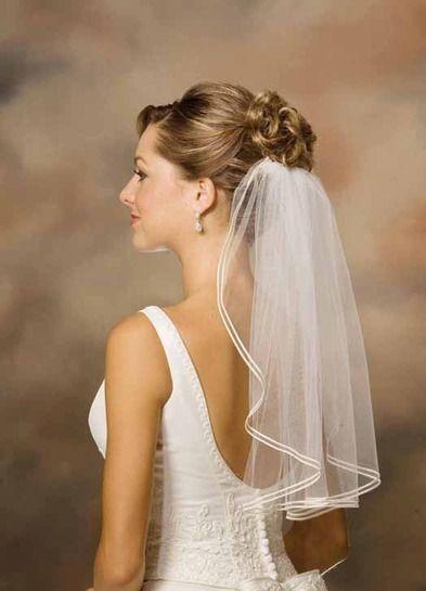 White Short Wedding Veils