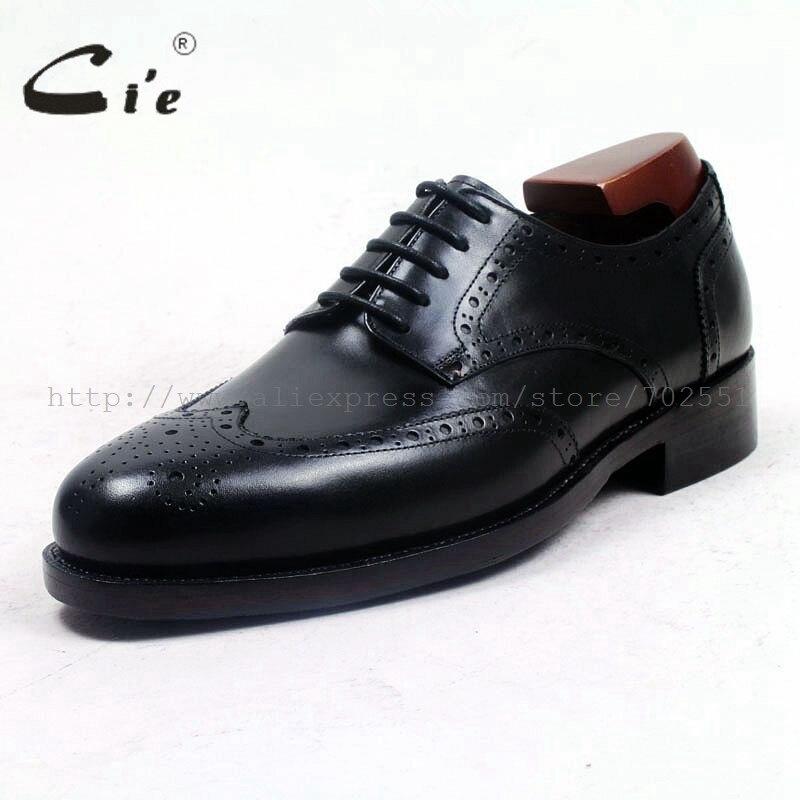 Cie punta rotonda piena brogues medaglione uomini scarpa in pelle scarpe da  uomo su misura fatti a mano su ordinazione vestito ufficio nero goodyear  D156 in ... 07b9ae343a9