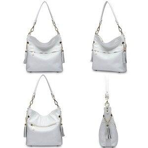 Image 4 - Zency 100% натуральная кожа, Очаровательная женская сумка на плечо с кисточкой, модная женская сумка мессенджер через плечо, сумочка черного и белого цвета