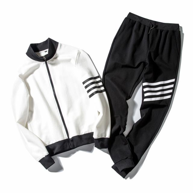 Men Tracksuit Sporting Suit spring Autumn  Men sweatshirt Pants Set 2 Piece Set Mens Sportswear Hoodies + Joggers