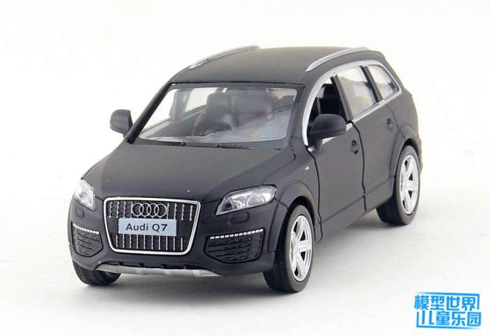 (10pcs/lot) Wholesale Brand New UNI 1/36 Scale Batte Black Ver. Germany AUDI Q7 SUV Diecast Metal Pull Back Car Model Toy
